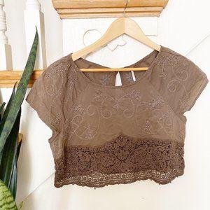 Free people brown crochet detailing crop top sz M